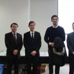 寺田学議員(右から2人目)