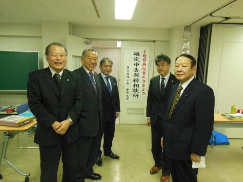 松本文明(0207中野)(右端)